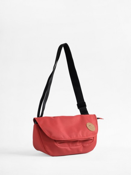 "TERRACOTTA RED ""PRAU"" SLING BAG"