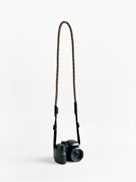 "BROWN ""LOOPY"" CAMERA STRAP"
