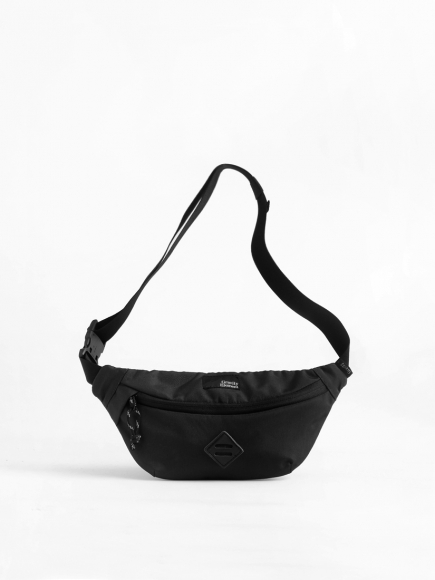 "BLACK ""RUSH"" SMALL SLING BAG"